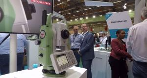 Leica Geosystems introduces new generation of manual total station